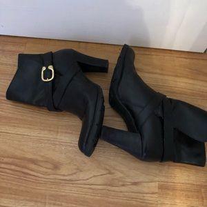 Michael Kors slip on boots